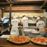 La cottura a legna: il vero ingrediente segreto della migliore pizza